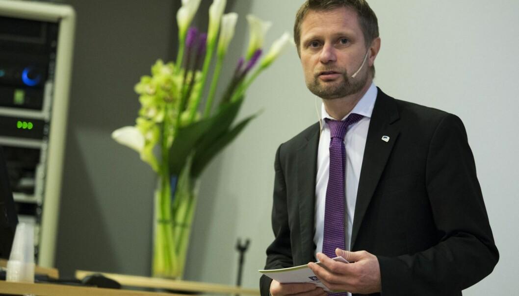 Forskjellsbehandlingen mellom vaksinerte i Norge og utlandet er urimelig overfor studenter som har valgt å vaksinere seg i utlandet, skriver innleggsforfatterne til Bent Høie. Foto: Øyvind Aukrust