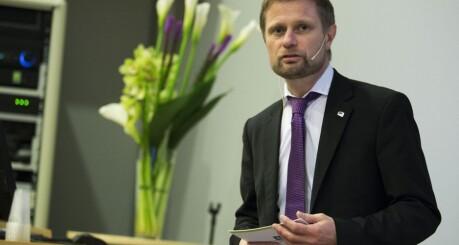 Høie vil forklare lovverk for internklinikker