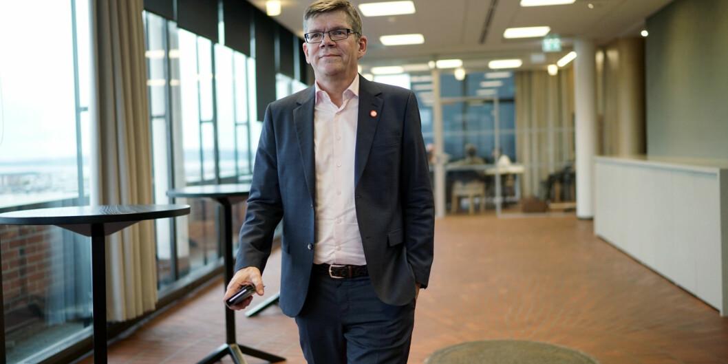 """— Når Universitets- og høgskolerådet (<span class=""""caps"""">UHR</span>), som sektorens høringsinstans, ikke ivaretar medlemmenes interesser mener jeg det er viktig åstarte en diskusjon om<span class=""""caps"""">UHR</span>s innretning, sier rektor Svein Stølen ved Universitetet iOslo. Foto: Ketil Blom Haugstulen"""