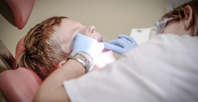 Tannlege-klinikker på UiO fortsetter som før