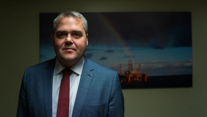 Roy Steffensen (Frp), leder i Utdannings- og forskningskomitéen, er positiv til Høyres forslag. Foto: David Engmo