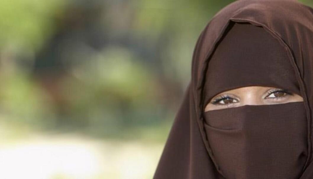 Det er svært få i høyere utdanning som bruker heldekkende ansiktsplagg, skriver Bjørn Harald H. Garborg. Foto: Moodboard