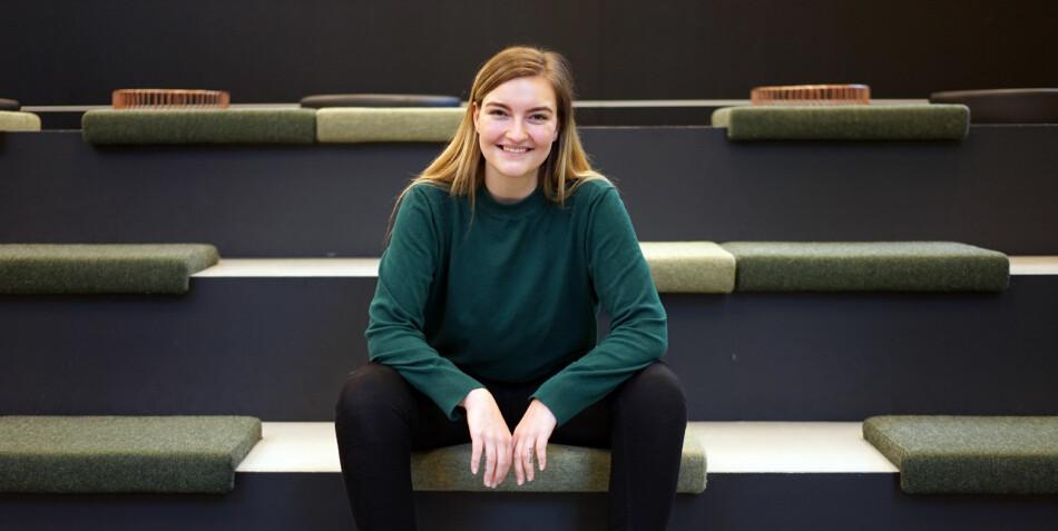 Julie Størholdt Iversen (25) vil gjerne ha ett år til i ledelsen av Norsk studentorganisasjon. Foto: Ketil Blom Haugstulen