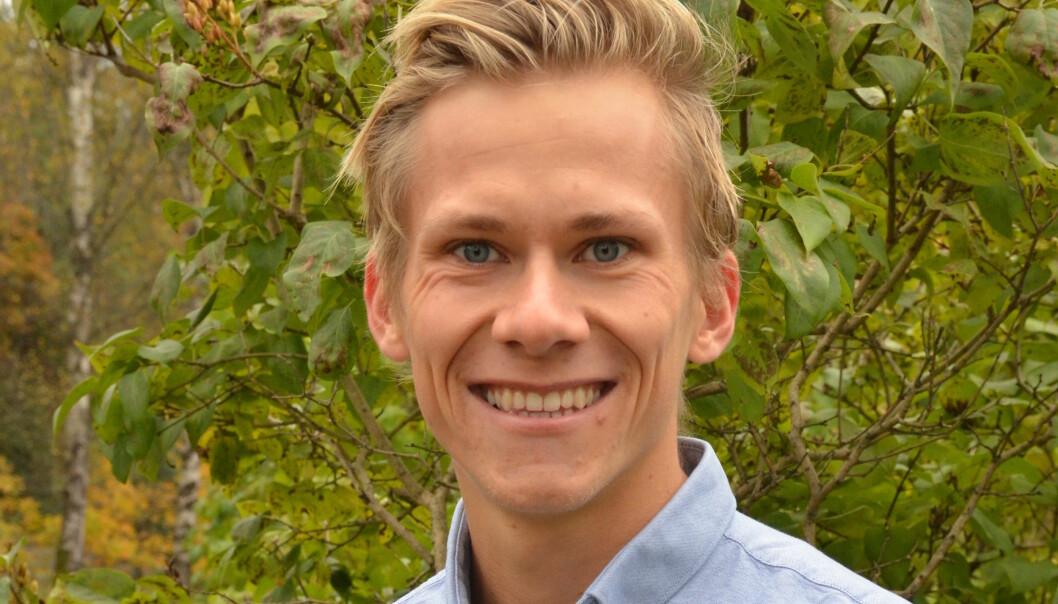 """Studentleder Svend Sondre Frøshaug ved <span class=""""caps"""">NIH</span> mener det er nyttig at studentene er aktive utenom studiene. Foto: LenaØien Foto:"""