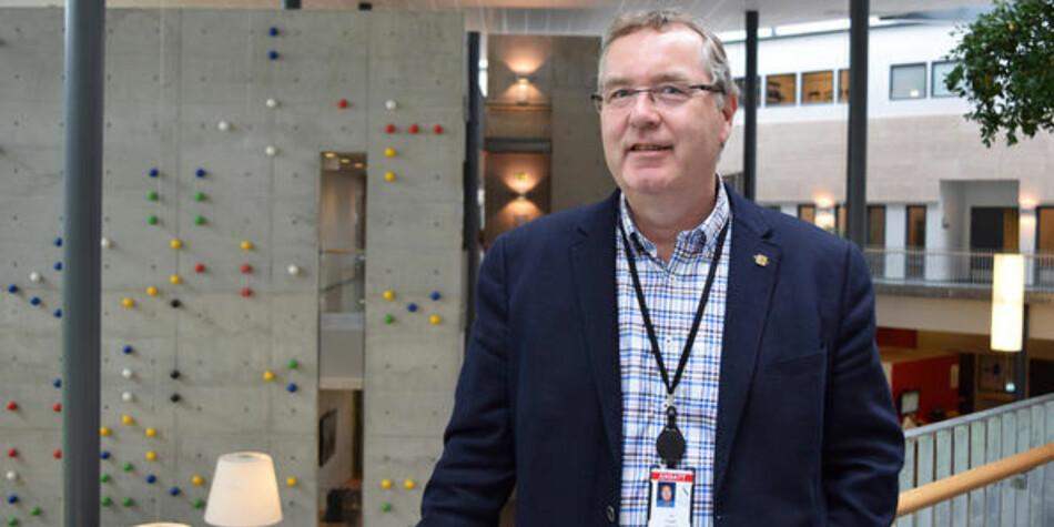 Universitetsdirektør Ole Ringdal vil fortsatt gjerne være direktør ved UNiversitetet i Stavanger. Foto: UiS