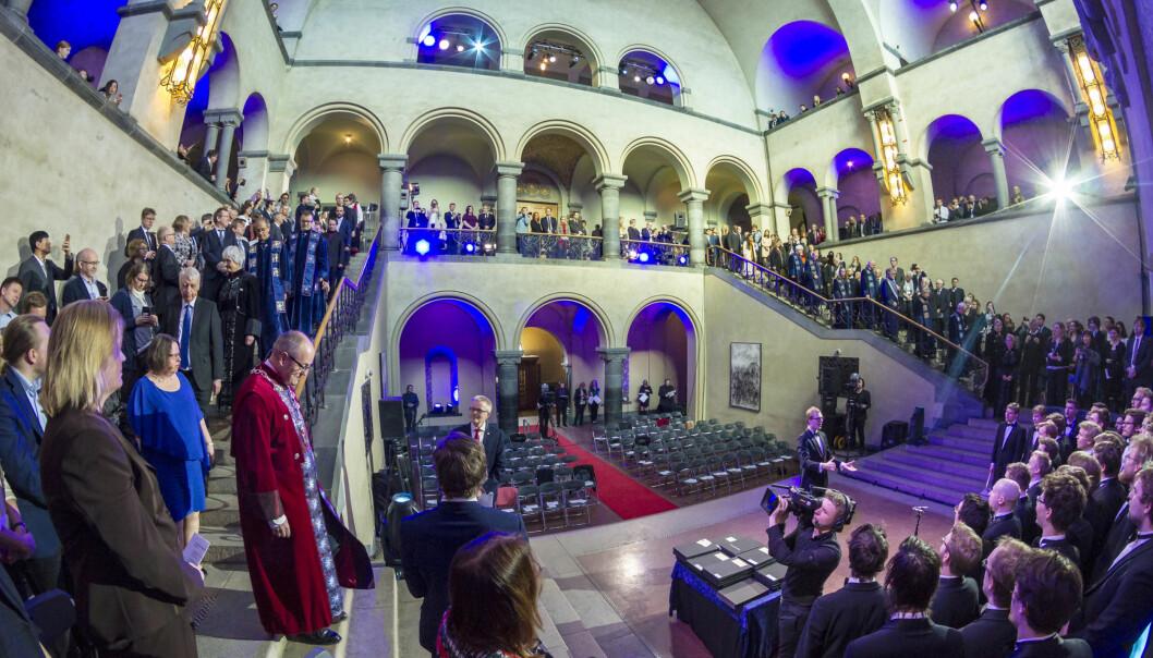 Det er i de teknologiske fagene at andelen doktorander med utenlandsk statsborgeskap er størst. Bildet viser festmøte i aulaen på NTNU og promotering av doktorer og æresdoktorer. Foto: Thor Nielsen, NTNU