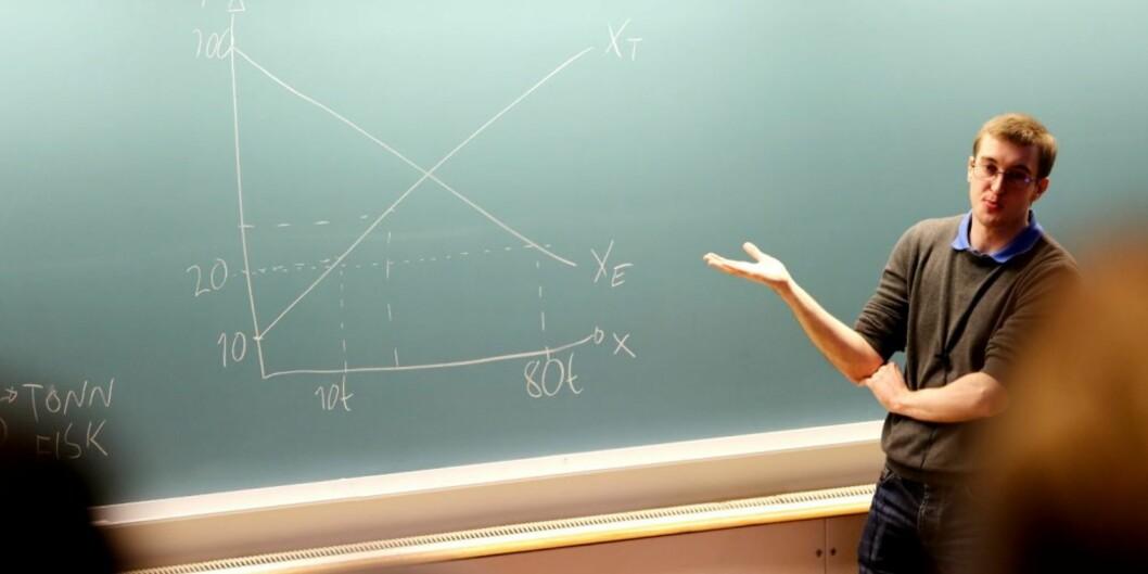 Masterstudent Erik Langelo har forelest i mikroøkonomi ved Høgskolen i Molde dettesemesteret.