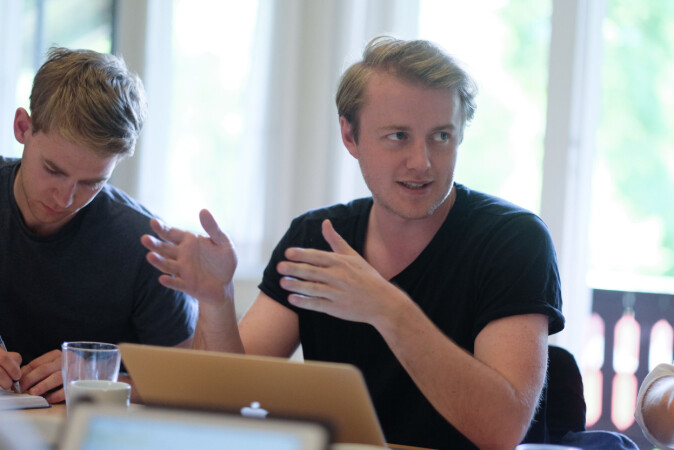 Håkon R. Mikalsen ved Studentparlamentet i Bergen.