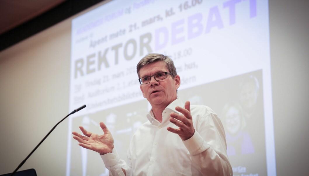 Svein Stølen mener at Universitetet i Oslo (UiO) må rekruttere raskt og med kvalitet hvis UiO skal løfte seg i den internasjonalekonkurransen.