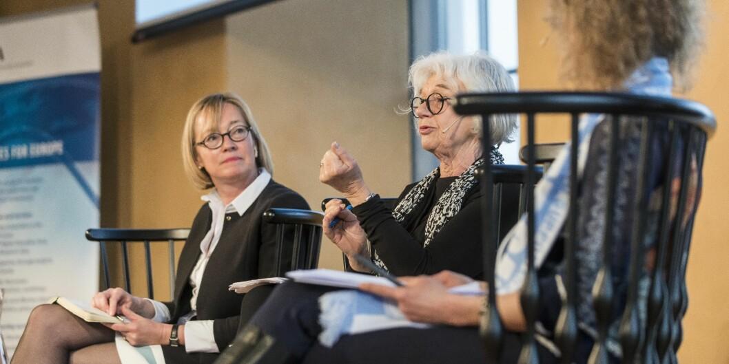 """Sybille Reichert og Agneta Bladh diskuterer akademisk frihet på <span class=""""caps"""">EUA</span>-årskonferansen iBergen. Foto: Tor Farstad"""