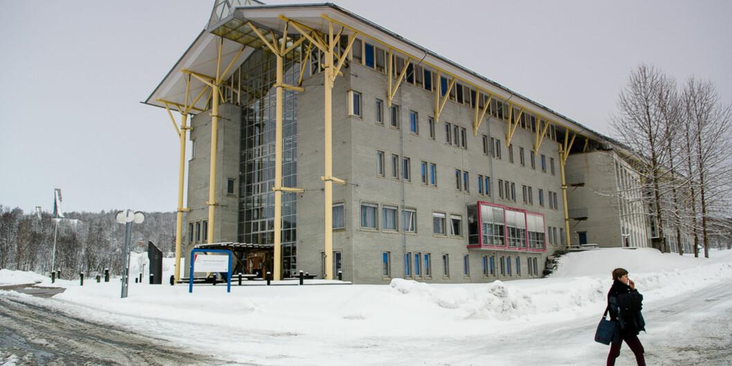 UiT har flere byggeprosjekter på gang og låner penger av sine ubrukte bevilgninger. Her fra campus i Tromsø. Foto: Lars Åke Andersen