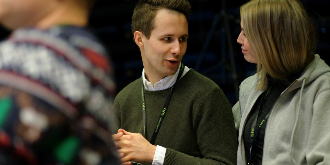 Leder av Studentorganisasjonen i Agder, Kai Steffen Østensen, er glad for at det endelig kommer tall på mobbing i høyere utdanning, og håper det skal bidra til at man får gjort noe med problemet. Her er han på landsmøtet i Norsk studentorganisasjon sisthelgen.