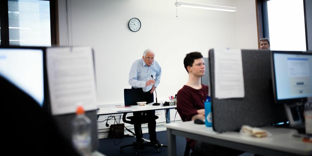 Undervisere og forskere i høyere utdanning er altfor tilbakelente – eller kanskje slappe? – når det gjelder å ta ansvar for viktige utviklingsdiskusjoner, skriver innleggsforfatterne. Foto: Henriette Dæhlie