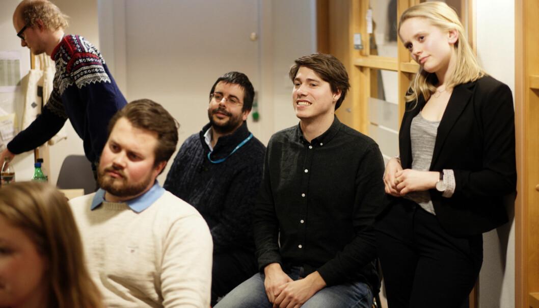 Jonas Strisland, nummer to fra høyre, vil bli Velferds- og likestillingsansvarlig i Norsk Studentorganisasjon. Foto: Ketil Blom Haugstulen