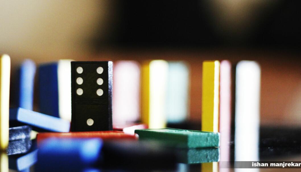 Læringsmiljø er litt som dominoeffekten. Det er viktig å starte der den siste dominoen står. Foto: Ishan Manjrekar/Creative commons Foto: ishanmanjrekar