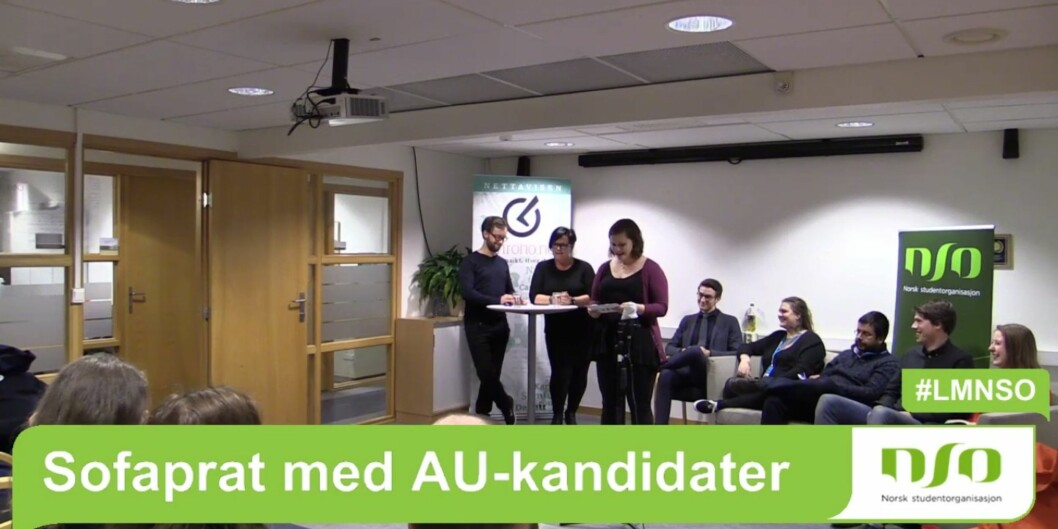 """Khronos redaktør Tove Lie og journalist Øystein Fimland ledet utspørringen av <span class=""""caps"""">NSO</span>s lederkandidater i årets """"Sofaprat"""" onsdagkveld."""