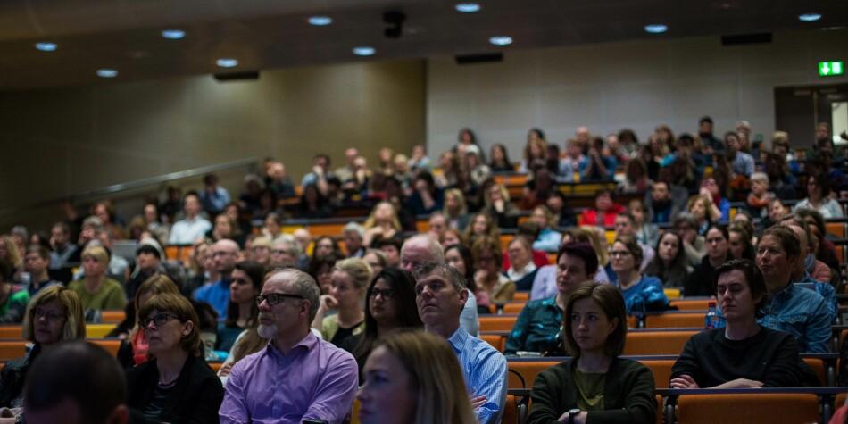 Illustrasjonsfoto fra allmøte for administrasjonen om omorganisering ved tidligere Høgskolen i Oslo og Akershus, nå OsloMet. Foto: Siri Øverland Eriksen