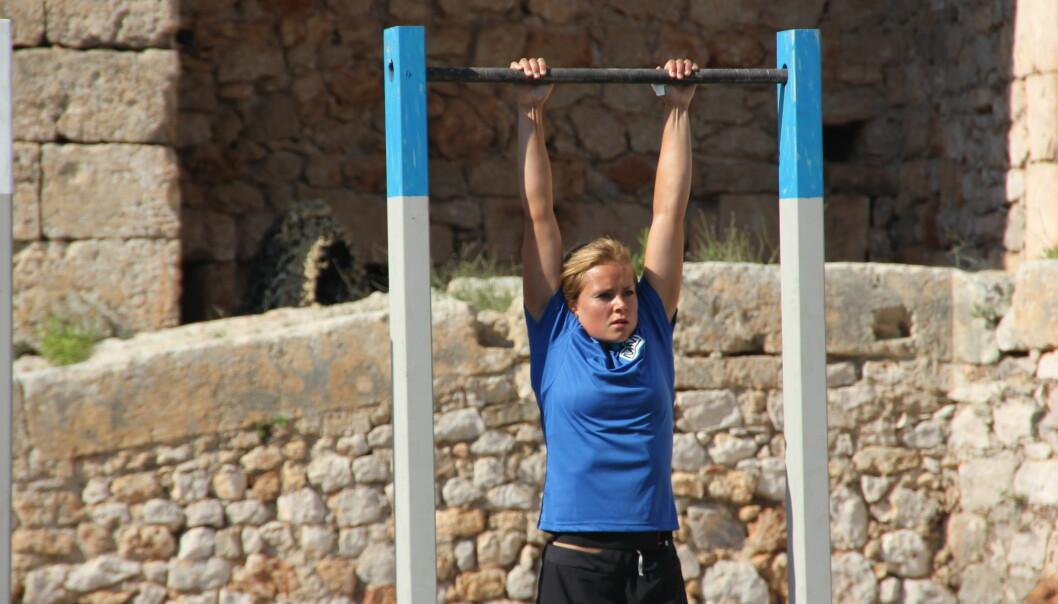 Helene Olafsen under finalen av «Mesternes mester». Olafsen har gjennom sesongen imponert i flere øvelser. Foto: NRK