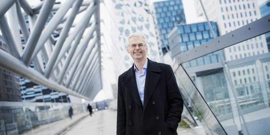 NHH, her ved rektor Øystein Thøgersen, ligger øverst av de norske handelshøyskolene på FT-rangeringen. Foto: Siv Dolmen/NHH