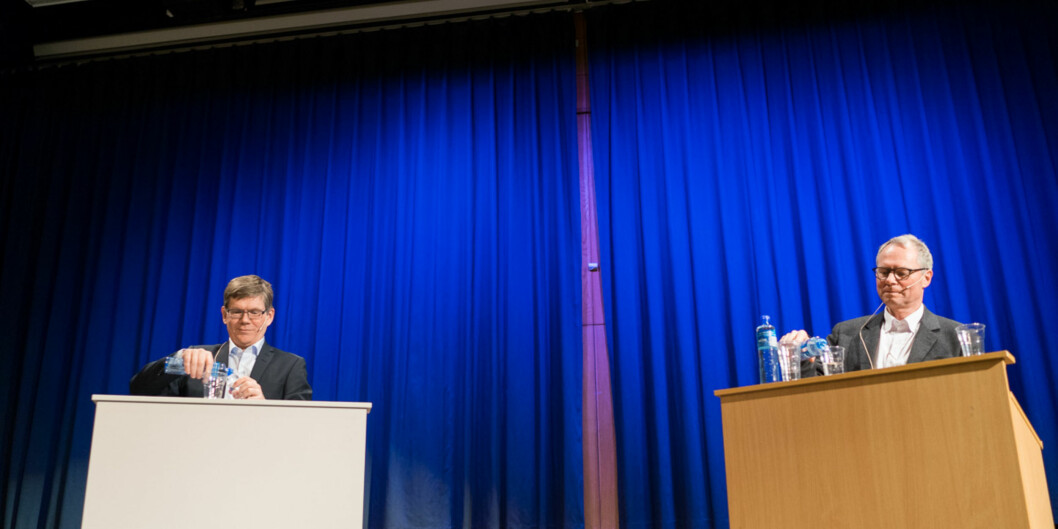 Rektorkandidatene Svein Stølen og Hans Petter Graver på debatten tirsdag 14.februar. Foto: Ketil Blom Haugstulen