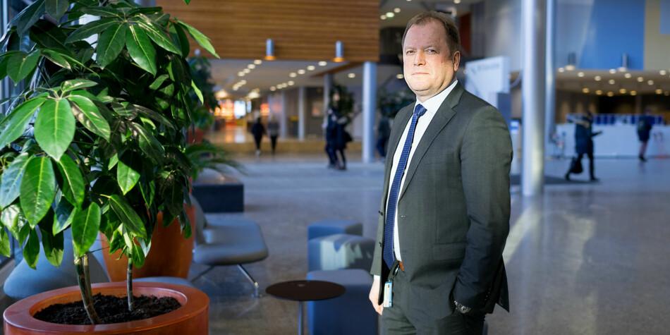 BI-rektor Inge Jan Henjesand har en samlet årslønn på 2,4 millioner kroner, og tjener best av alle rektorer innen høyere utdanning. Foto: Ketil Blom Haugstulen