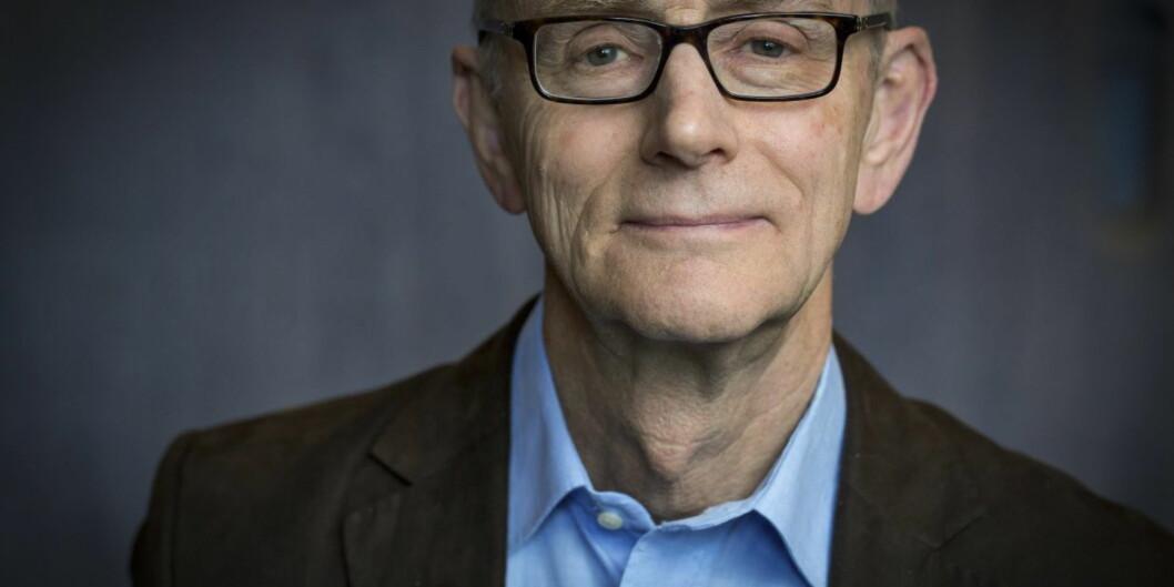 Jurist Jan Fridthjof Bernt mener at departementet ikke har anledning til å begrense studentersklagerett. Foto: UiB