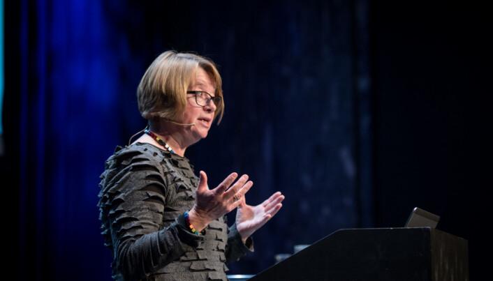 — Jeg synes det er litt krevende at du må ha den åpenheten., sier styreleder Berit Kjeldstad om offentlige søkerlister til lederstillinger.