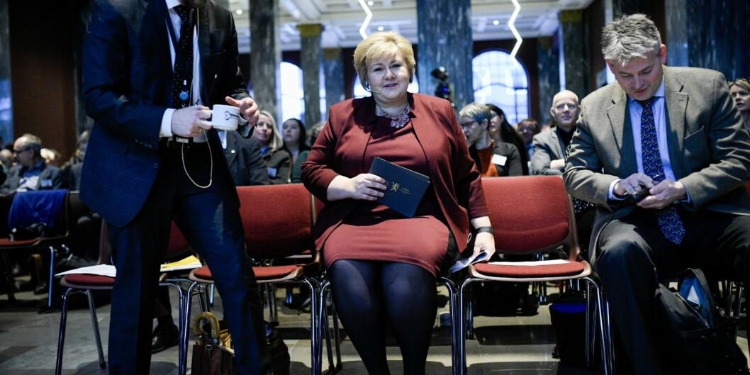 Torbjørn Røe Isaksen hadde med seg statsminister Erna Solberg som førstetaler under åpningen av årets kontaktkonferanse. Statssekretær Bjørn Haugstad som alltid påplass.