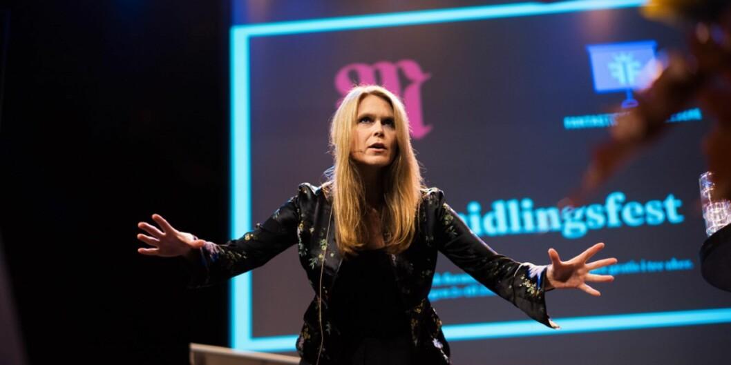 I 2016 kåret morgenbladet landets fremste forelesere. Blant finalistene var høgskolelektor Mari Kjos Hellum ved Høgskolen iØstfold.