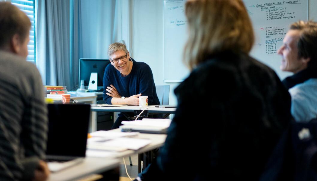 — Dette er litt absurd, jeg er jo bare en beskjeden mann fra Fredrikstad. Men jeg er jo selvfølgelig veldig stolt og beæret, sier Jon Petter Evensen som er plukket ut til å sitte i juryen for verdens mest prestisjefylte pris for fotojournalister, World PressPhoto. Foto: Ketil Blom Haugstulen