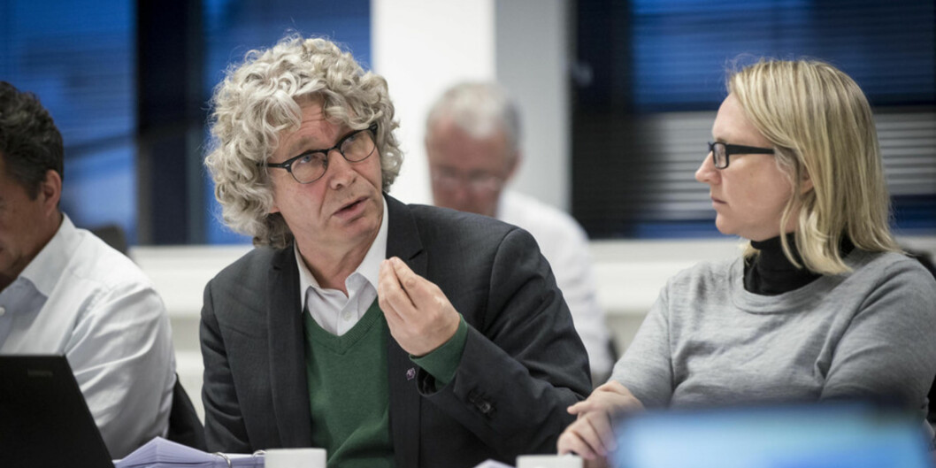 Førsteamanuensis ved Høgskolen i Bergen, Tom Skauge, var ein av styremedlemmane som var oppteken av at vegen inn til leiarstillingane på den nye høgskulen, ikkje måtte bli forvanskeleg. Foto: Tor Farstad