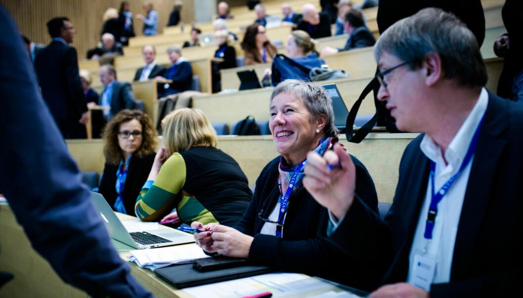 Liv Reidun Grimstvedt, prorektor på Høgskulen på Vestlandet, her på et fysisk møte i Trondheim i Universitets- og Høgskolerådet (UHR) forteller om mange gode erfaringer med virtuelle møter. Foto: Henriette Dæhli