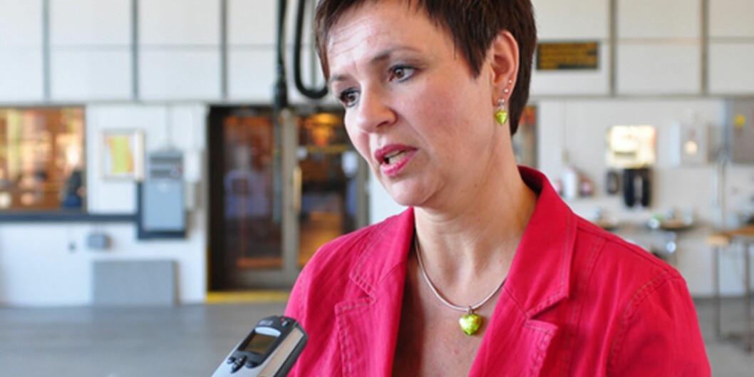 Stortingsrepresentant for senterpartiet har hele tiden vært bekymret for regjeringens strukturprosess innen høyere utdanning. Tilfellet Nesna gjør henne både oppgitt ogbekymret.