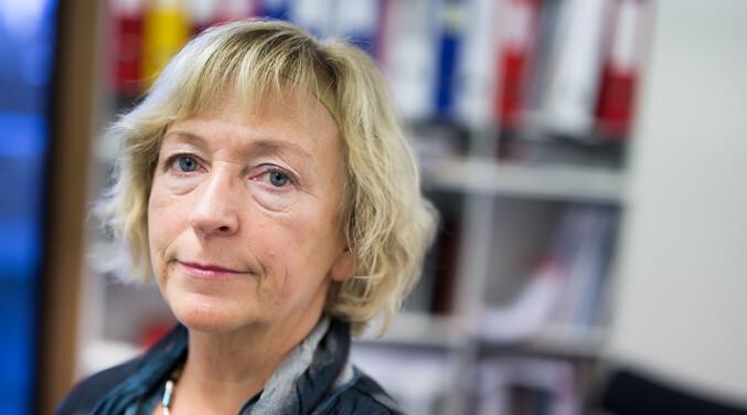 Sonni Olsen, er dekan ved Fakultet for humaniora, samfunnsvitenskap og lærerutdanning ved UiT. Foto: Stig Brøndbo, UiT