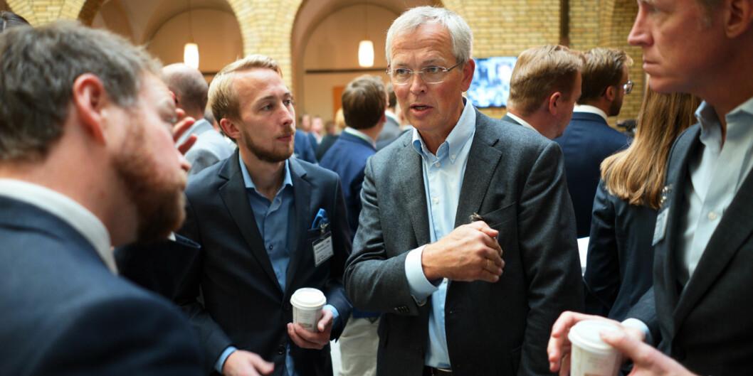 Tidligere leder i Universitets- og høgskolerådet, Vidar Haanes (i midten), er rektor ved Menighetsfakultetet og fraksjonerer selv mest med de vitenskapelige høgskolene isektoren.