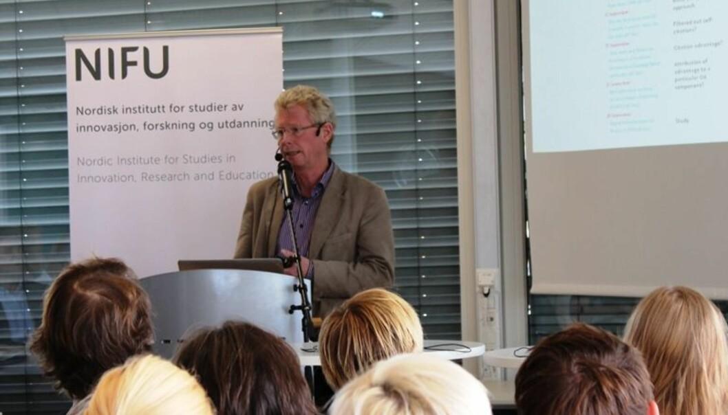 Gunnar Sivertsen i NIFU utformet først publiseringsindikatoren, nå har han utredet hvordan den kan utvides med en siteringsindikator.Foto: JuliaLoge