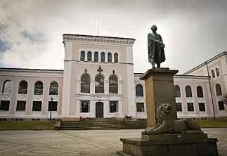 Universitetet i Bergen skal kutte