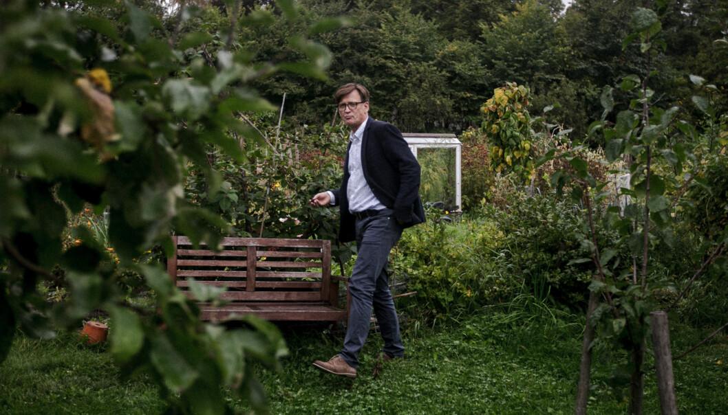 Samfunnsøkonom Henrik Wiig er forsker ved forskningsinstituttet NIBR ved Høgskolen i Oslo og Akershus, og har på oppdrag fra Utenriksdepartementet bidratt med innspill om hvordan jordreformen, som er en viktig del av fredsavtalen i Colombia, børdesignes. Foto: Nicklas Knudsen