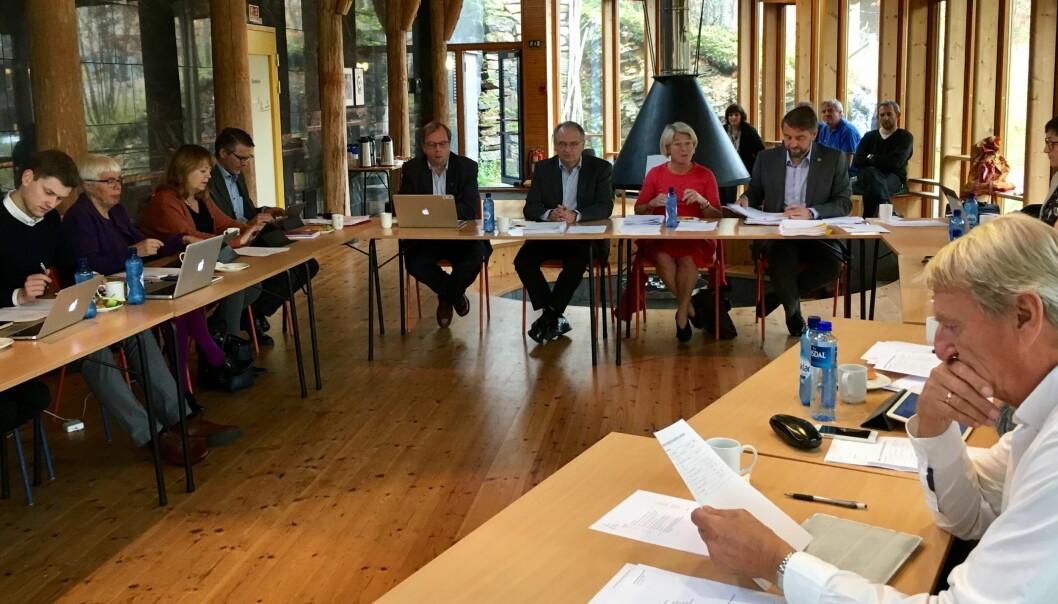 Styret ved Universitetet i Tromsø vedtok torsdag, med 12 mot 5 stemmer, å fortsett med valgt ledelse. Foto: Ole MArtin Loe,UiT
