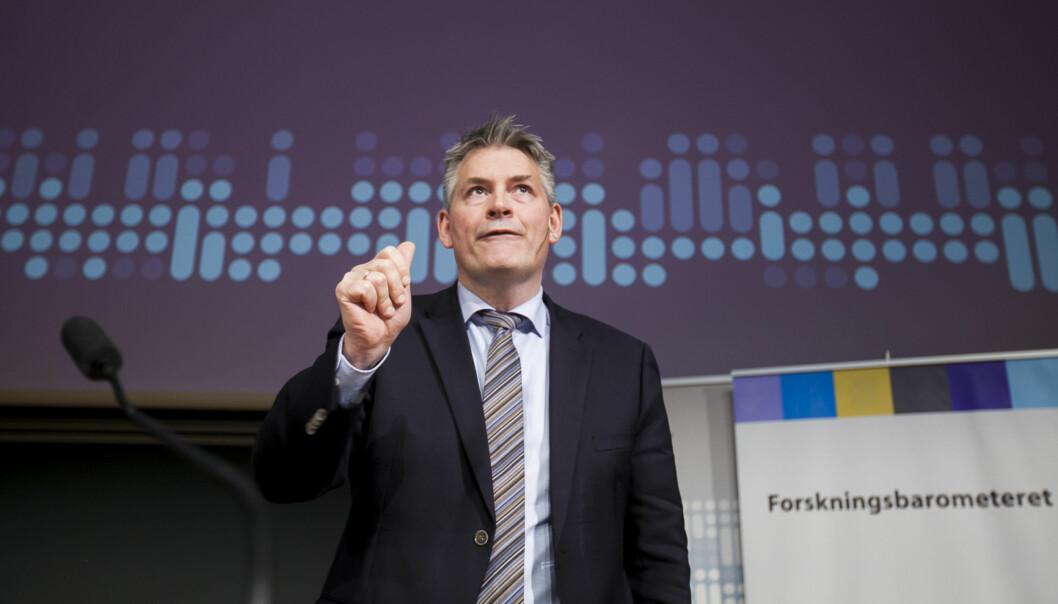 Statssekretær Bjørn Haugstad prater på UiO om tilstandsrapport Foto: Nicklas Knudsen