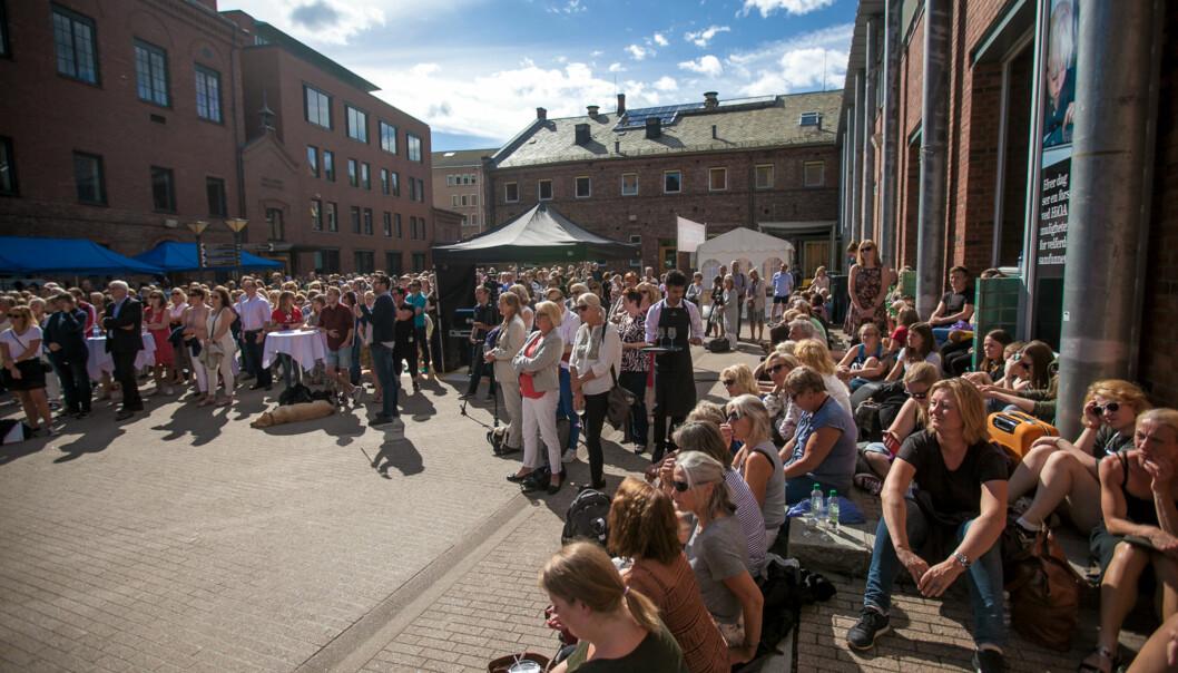 Samling for alle ansatte i anledning nytt studieår på daværende Høgskolen i Oslo og Akershus. foto: Nicklas Knudsen