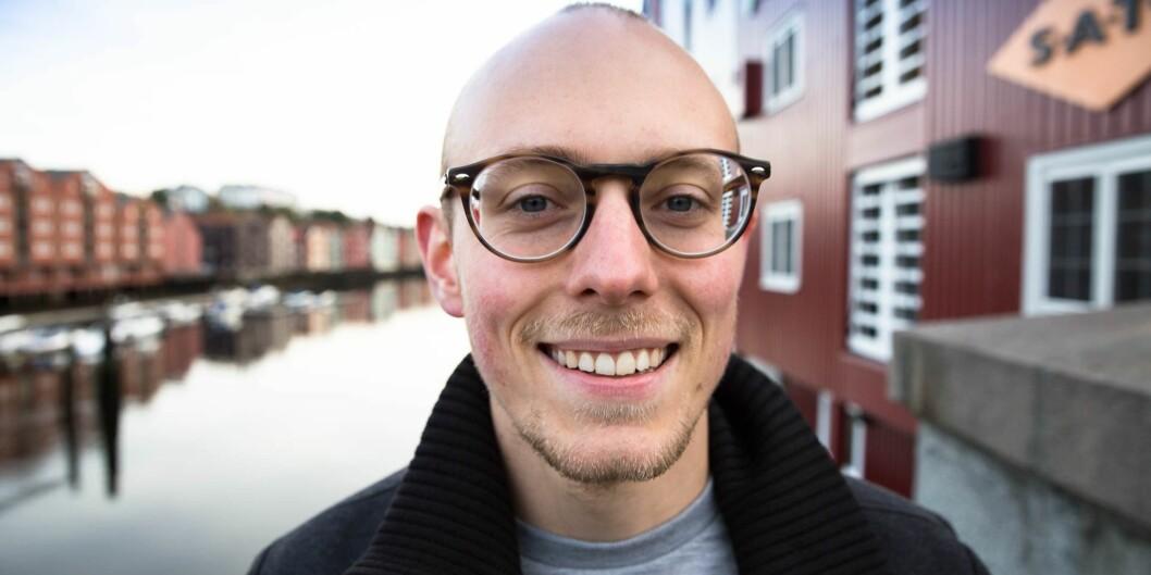 """— Frykten er at studenter innrapporter folk de ikke liker eller med utgangspunkt i noe helt annet de kriteriene som bør ligge til grunn dersom de kan varsle anonymt, sier Jørgen Flor. Foto: Anne Dorte Lunås / <span class=""""caps"""">NRK</span>"""