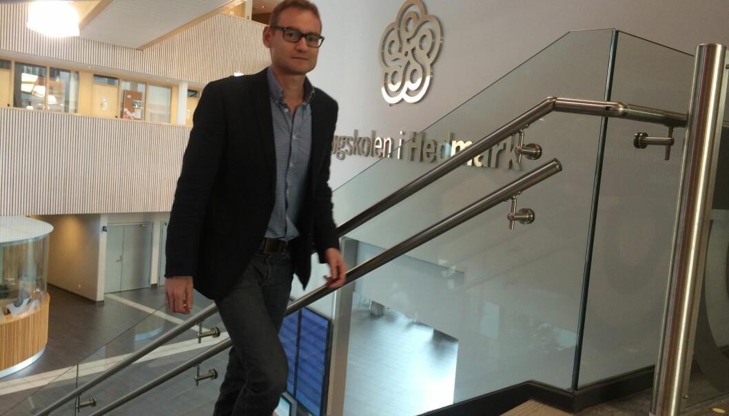 Prorektor ved Høgskolen i Hedmark, Jørgen Klein, sier at hovedmålet til høgskolen er å bli universitet. Første steg til fusjon med Høgskolen i Lillehammer er tatt. Foto:HiHe