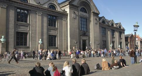 Flere siktet for juks med vitnemål i Danmark