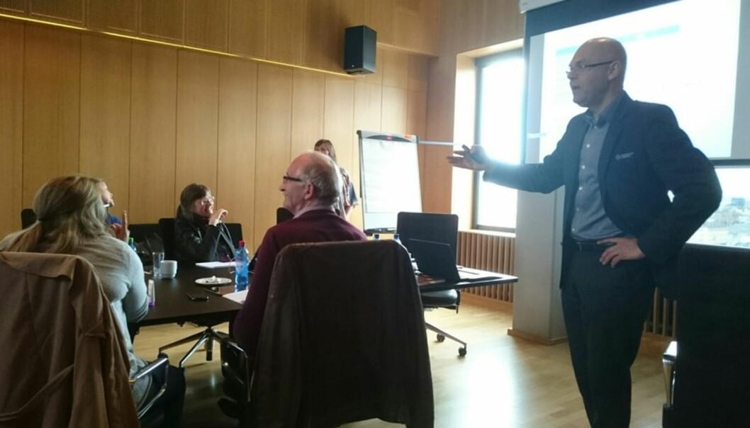 Ole-Gunnar Søgnen kunne i går vise fram prinsippa for den nye Vestlandshøgskulen forHiB-styret