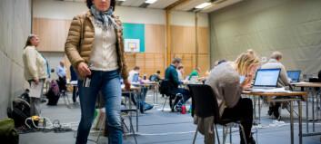 Har firedoblet digital eksamen, men studentene krever fortgang