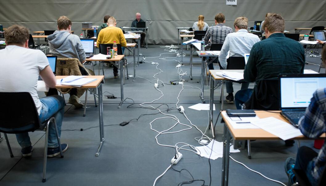 Eksamensangst er utbredt og plager 44 prosent av studentene svært mye eller en del, viser SHoT-undersøkelsen. Foto: Skjalg Bøhmer Vold