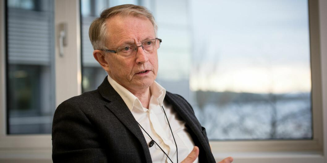 Jobben som administrerende direktør i Forskningsrådet gjør at Arvid Hallén må vente med å bli styreleder ved Høgskulen påVestlandet.