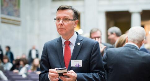 Rektor Olsen slår tilbake mot kritikk om Kina-samarbeid