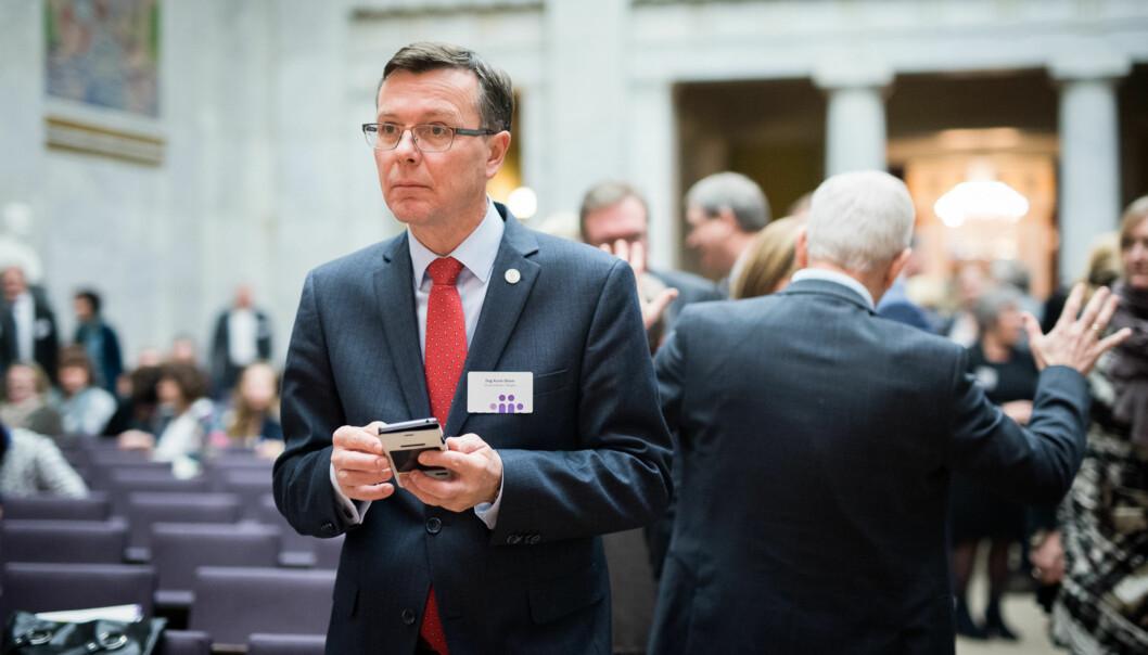 UiB-rektor Dag Rune Olsen reagerer på notatet Utenriksdepartementet sendte til norske rektorer og universitetsdirektører. Foto: Skjalg Bøhmer Vold